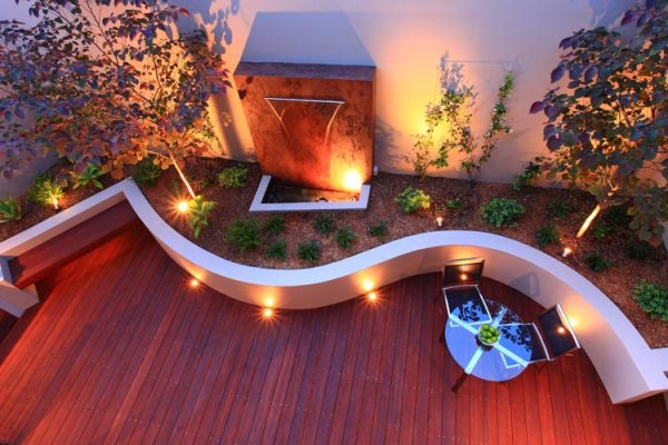 Curve wall water feature timber clean line