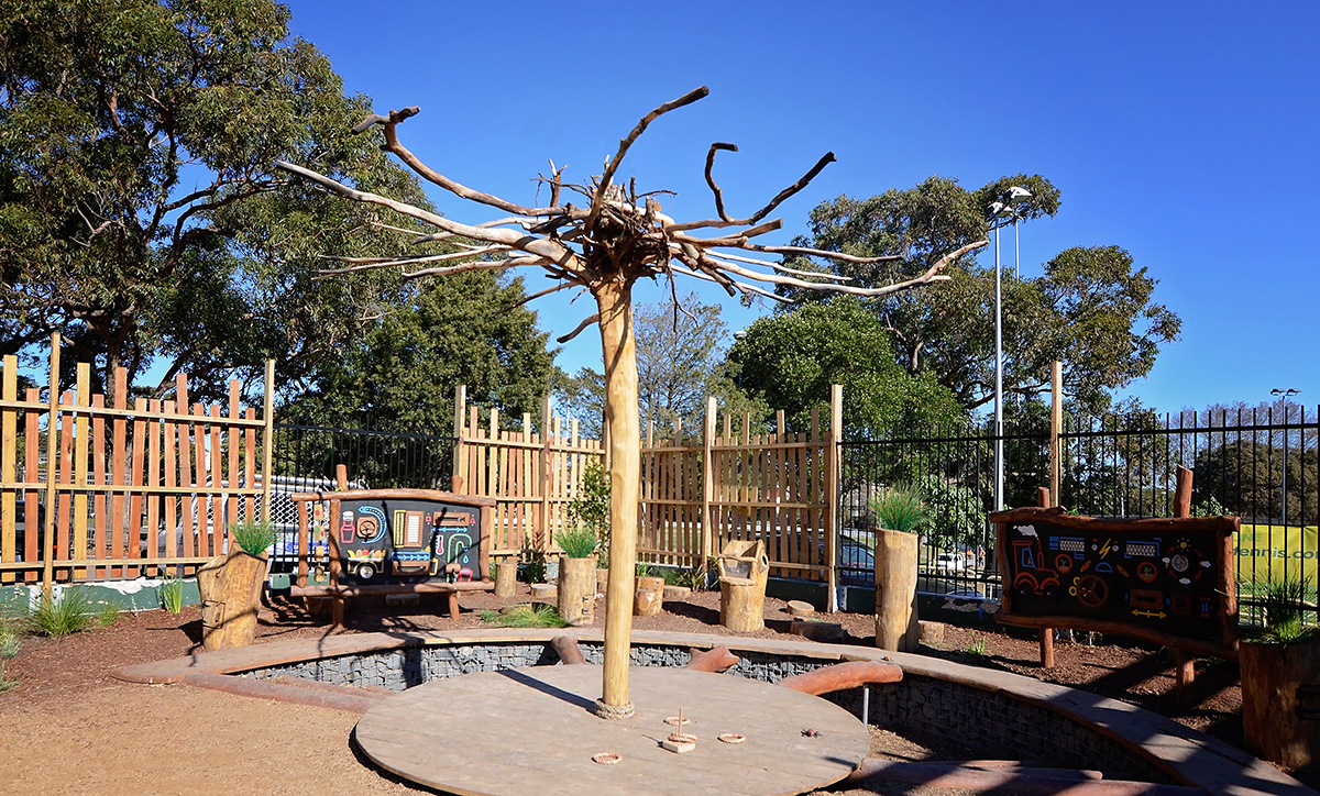Community garden play space design
