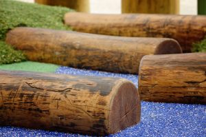 Timber balance logs to help children build skills while playing