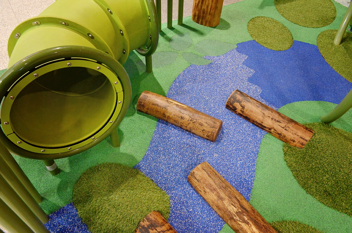 Key features include the delightful story telling cubby which caters for those quite moments, timber balancing logs, crawl tunnel and the imaginative winding river and interactive talk tubes. Not forgetting the flexible forest and interactive play panels.
