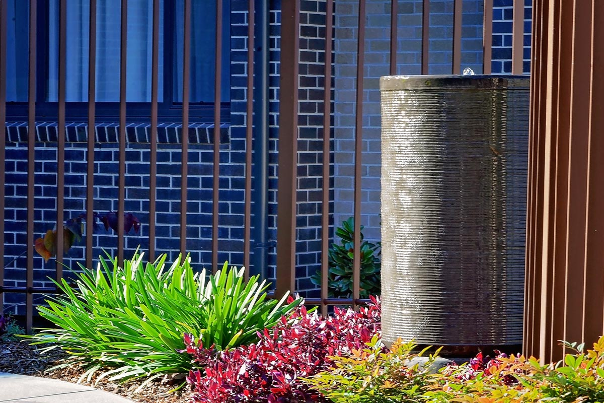 Water feature with surrounding planting